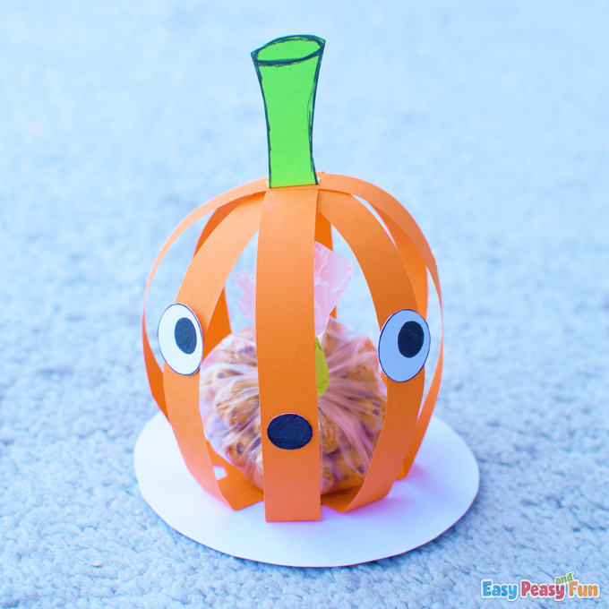 DIY 3D Paper Halloween Pumpkin