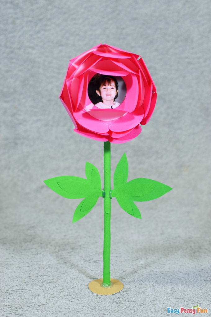 DIY Mothers Day Paper Flower Craft