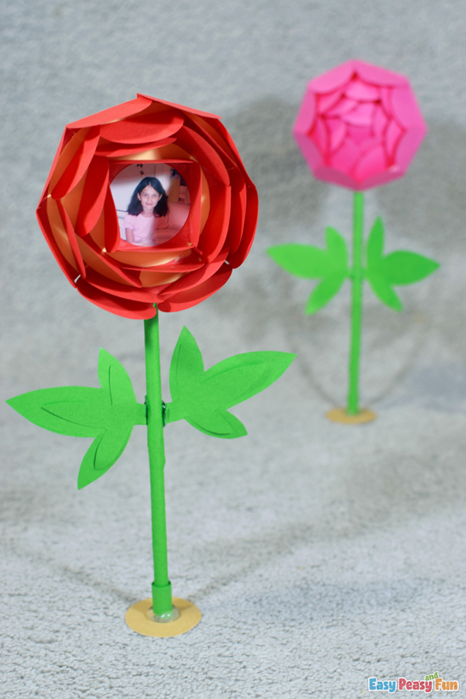 DIY Mothers Day Paper Flower